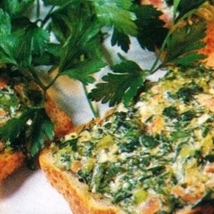 Ispanaklı Diyet Ekmekler Tarifi