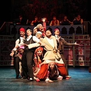 Kanlı Nigar Tiyatro Oyunu