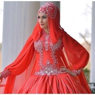 Kırmızı Renk Tesettür Nişanlık ve Abiye Modelleri