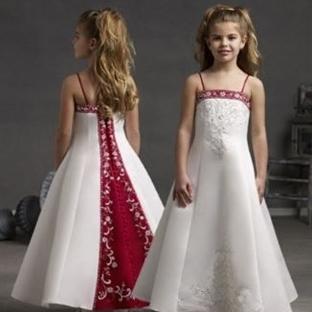 Kız Çocukları İçin Gelinlik Modelleri