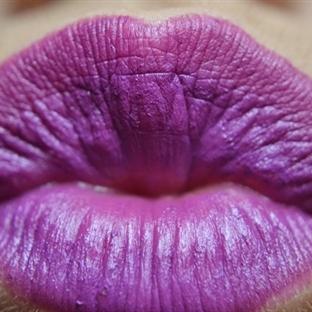 MAC HEROINE Lipstick Geri Döndü...