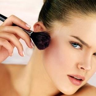 Makyaj Fırçası Seçimi ve Kullanımı