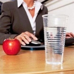 Ofis çalışanları diyete dikkat!