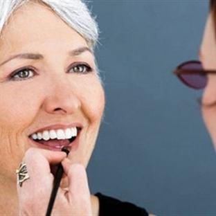 Olgun yaşlar için makyaj önerileri