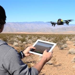 Parrot AR Drone 2.0 Kameralı Helikopter Hava Aracı