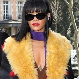 Rihanna Mercek Altında!
