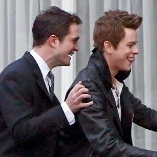 Robert Pattinson & Dane DeHaan 'Life' Setinde