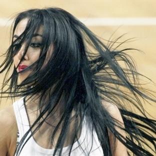 Saç dökülmesini defne yaprağı ile engelleyin