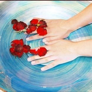 Sağlıklı ve bakımlı eller için kür tarifi