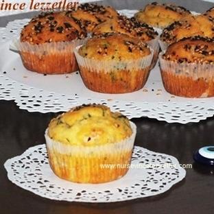 Süpriz Tuzlu Kek Muffin Tarifi