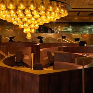 Tom Dixon'dan Paris'te Éclectic Restaurant Aydınla