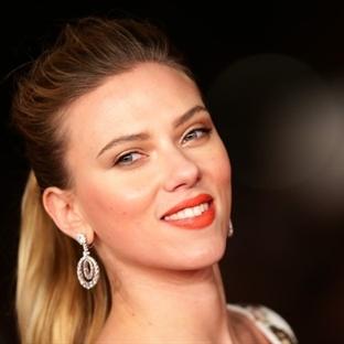 Ünlülerin Stili - Scarlett Johansson