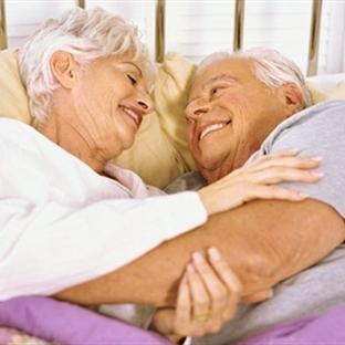Yaşlı bireylerin aktif cinsel hayatı olabilir mi?