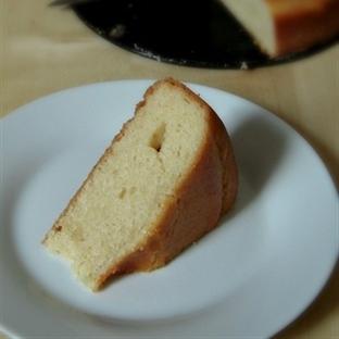 Yoğurtsuz Sütsüz Gazozlu Kek