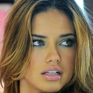 Adriana Lima'yı Aldatabilmek