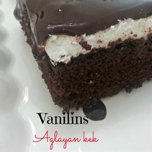 Ağlayan kekli pasta