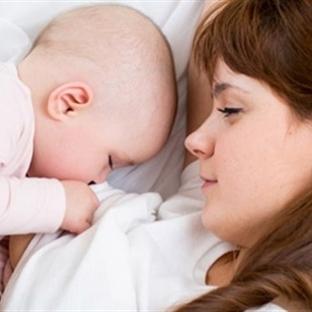 Anne Sütü Kalp Ve Damar Hastalıklarını Önlüyor