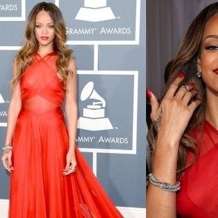 Ayın Ünlüsü Rihanna'dan Kırmızı Halı Kıyafetleri