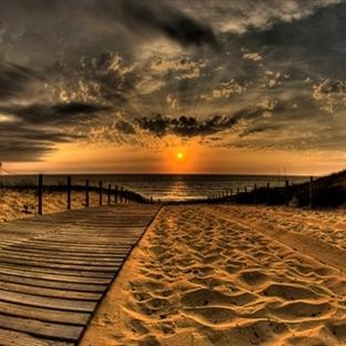 Bir Kasaba Sahili Olmak