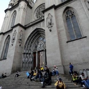 Brezilya-Sao Paulo mimarisi, hayaleti ve evsizleri
