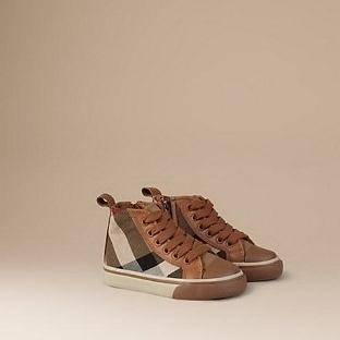 Burberry Erkek Çocuk Ayakkabı, Bot ve Çizme Modell