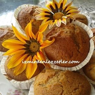 Cevizli Kuru Üzümlü Muffin