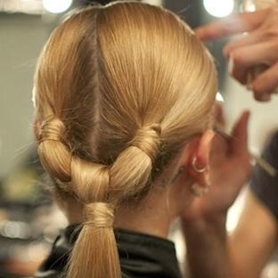 Düğümlü Saç Modelleri Resimli Anlatım