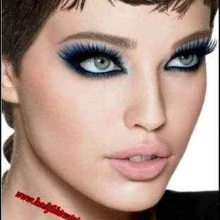 Etkileyici Bir Göz Makyajı Resimli Anlatım