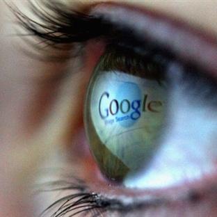 Google sizi izliyor! Siz de Google'ı izleyin!