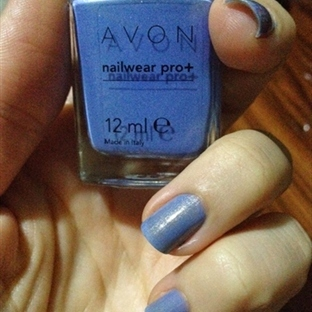 Günün Ojesi - Avon Nailwear Pro+ Blue Water Lilies