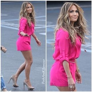 Jennifer Lopez'den Kohls Şıklığı