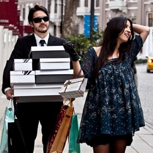 Kadınlar alışverişte erkeklerden ne bekler?