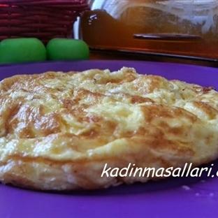 Kahvaltıya Peynirli Omlet Tarifi