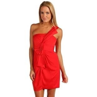 Kırmızı gece elbise modelleri