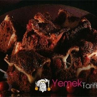 Kızılcıklı Çikolatalı Kareler