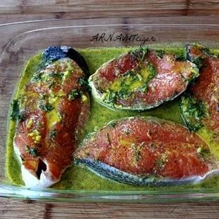 Kremalı Şarap Sosunda Somon Balığı