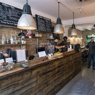 Londra'da The Good Life Eatery Aydınlatma
