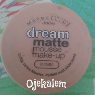 Maybelline Dream Matte Mousse Fondöten