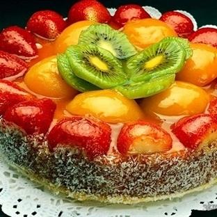 Meyveli Ve Jöleli Pasta