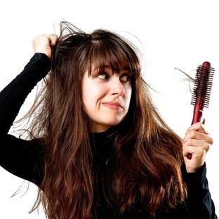 Saç dökülmesinden en çok kadınlar şikayetçi