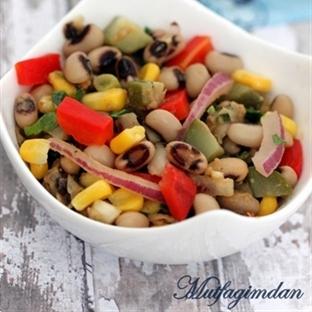 Saglikli Kuru Borulce Salatasi