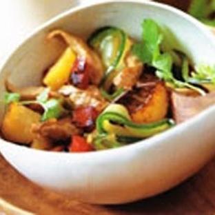 Tayland Et Salatası