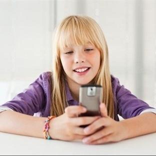 Telefon Bağımlılığı Çocuğun Gelişimini Engelliyor