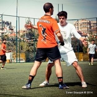 Türkiye'de Ultimate Sporu ve Frizbi Oyunu!