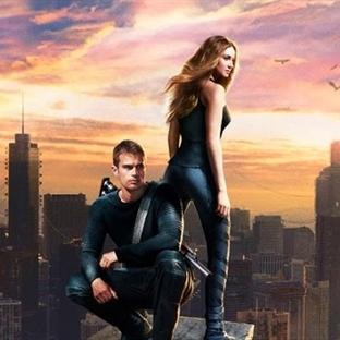 Uyumsuz (Divergent) Eleştirisi