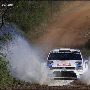 WRC: Ogier Portekiz Rallisi'nde Rahat Kazandı