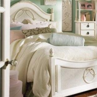 Yatak Odanıza Stil Katmak İçin