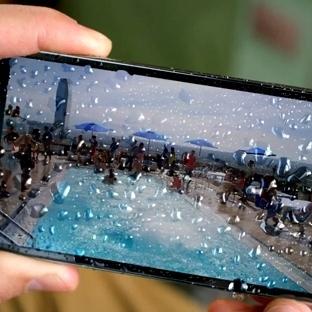Yeni Galaxy S5 reklamında, Apple'ı Eleştirmeden, A