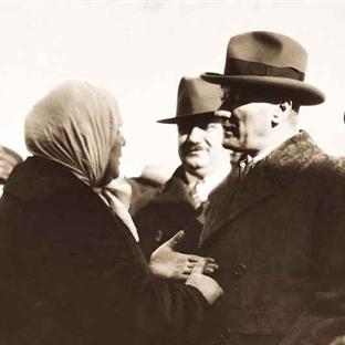 Atatürk'ten Vatandaşla Konuşma Dersi