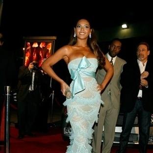 Beyonce'nin Yazlık Elbiseleri